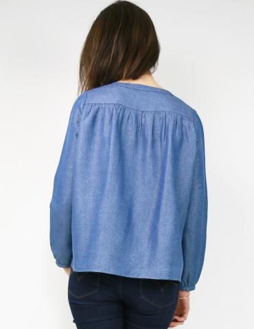 Blouse Envol réalisée dans le tencel jean lurex de chez France Duval Stalla, vue de dos