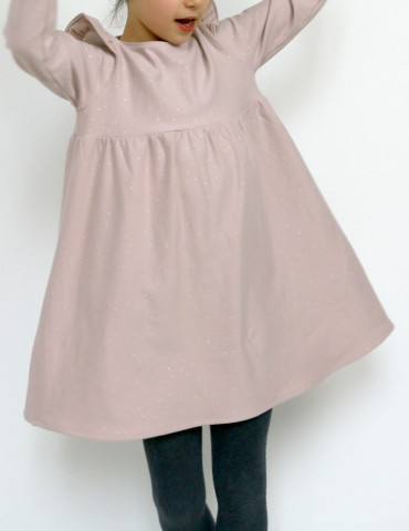 Robe Bouton d'or manches longues en sweat Twinkle rose Atelier Brunette, vue de face en pied