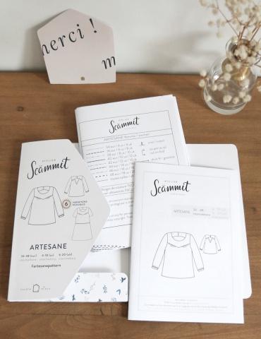patron de couture Vue du contenu du packaging: pochette, brochure, planche A0 et carte de remerciement
