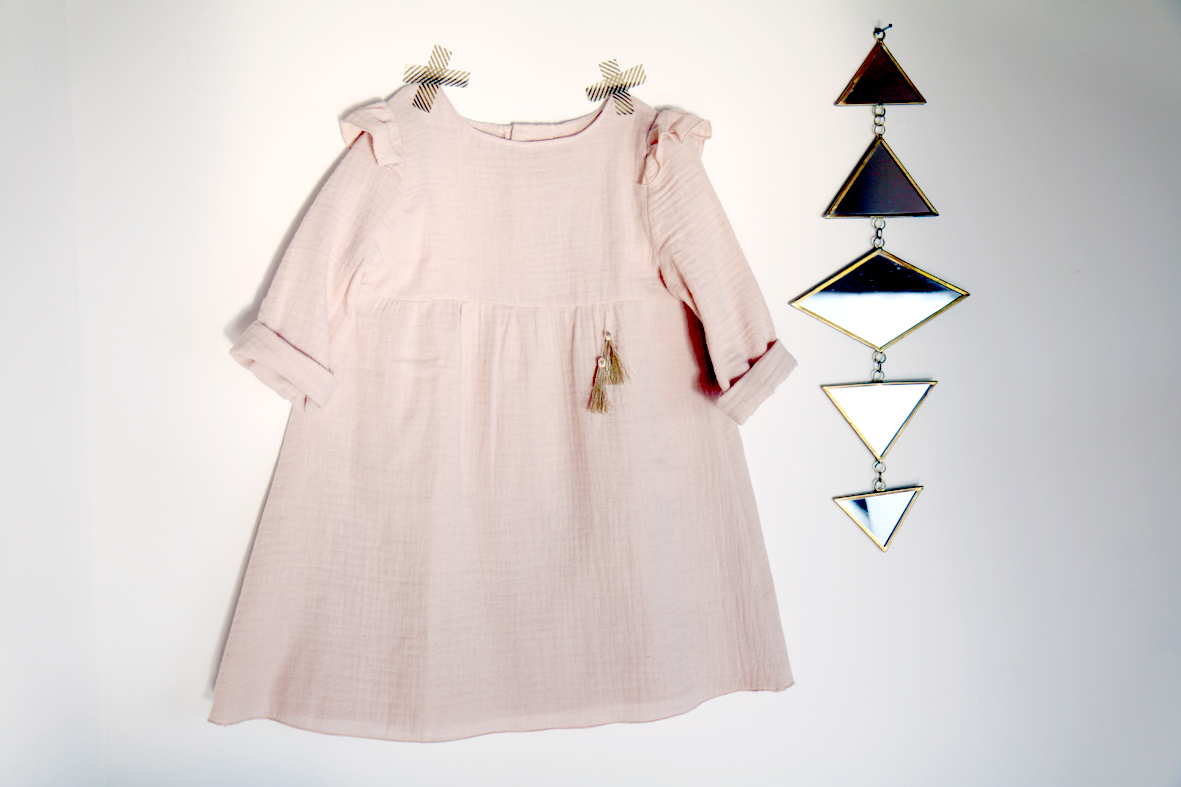 2-bouton-d'or-robe-blouse-patron-couture-dble-gaze-rose